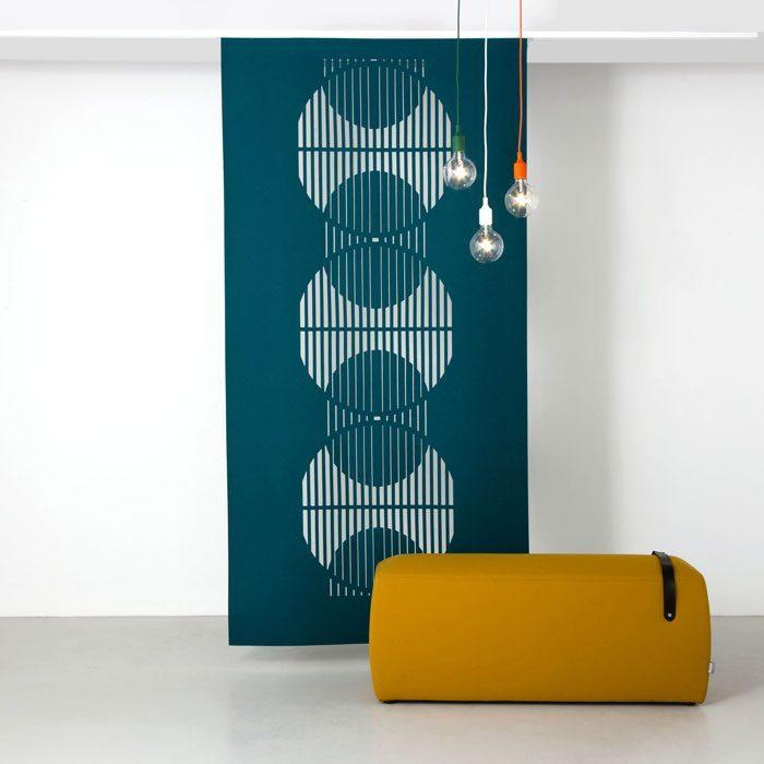Solar Hanging Screen